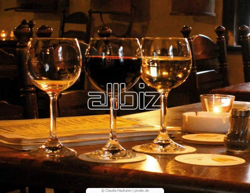 Vásárolni Egri Muskotály 2010 (édes) bor
