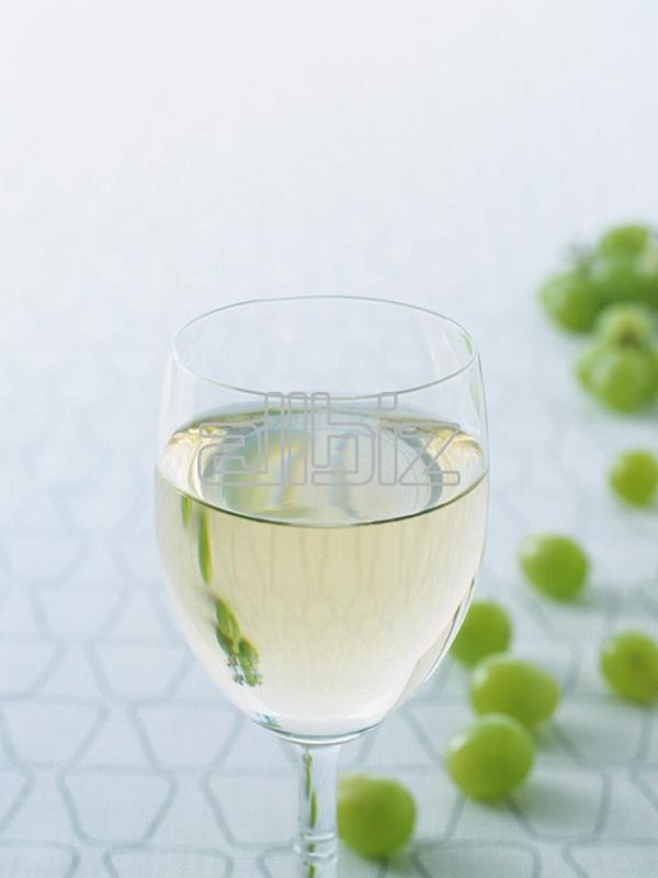 Vásárolni Egri Pinot gris (Mészhegy dűlő) 2001 (édes, fehér, késői szüret) bor