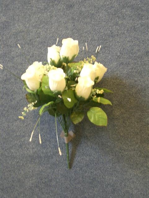 Vásárolni Selyemvirág Rózscsokor