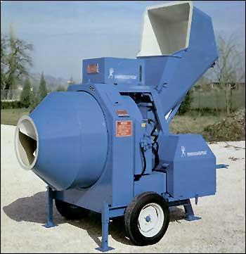 Vásárolni Betonkeverő 400 / 750 literes