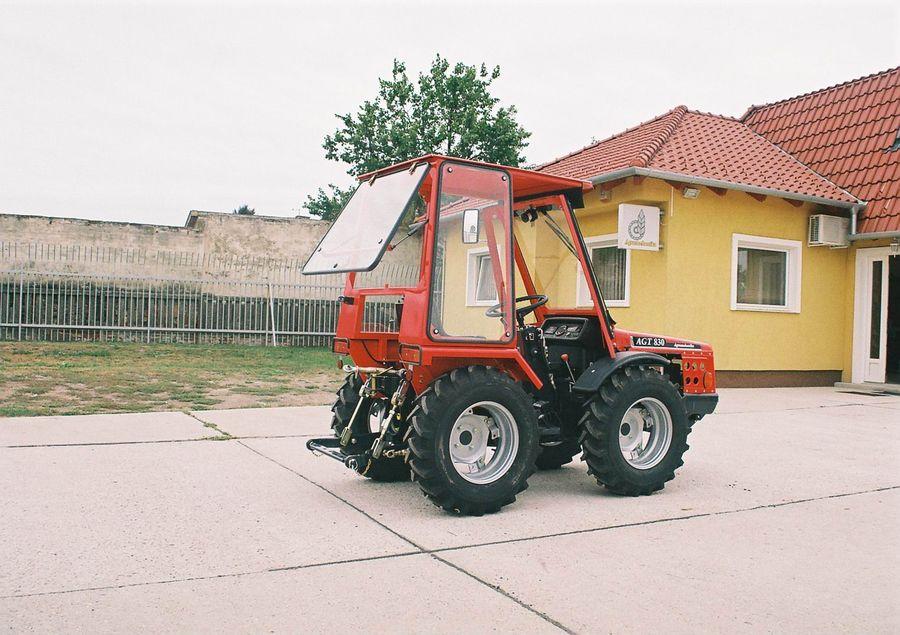 Vásárolni Agromehanika AGT 835 HL 35LE Traktor