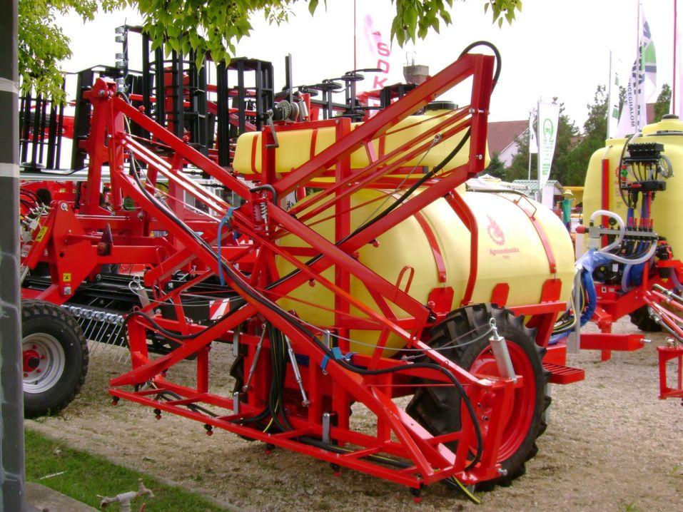 Vásárolni Agromehanika AGS 1500 EN Vontatott Permetezőgép (Szántóföldi)