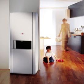 Vásárolni Kondenzációs hőközpont falikazánnal rozsdamentes acél hőcserélővel és zománcozott acéllemez HMV tárolóvalCGS