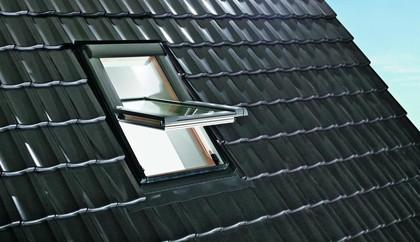 Vásárolni Designo R4-billenő ablak