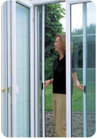 Vásárolni Oldalra elhúzható rolós szúnyogháló ajtó