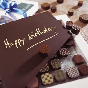 boldog születésnapot csoki Csokoládé dekoráció felirattal buy in Szikszó on Magyar boldog születésnapot csoki
