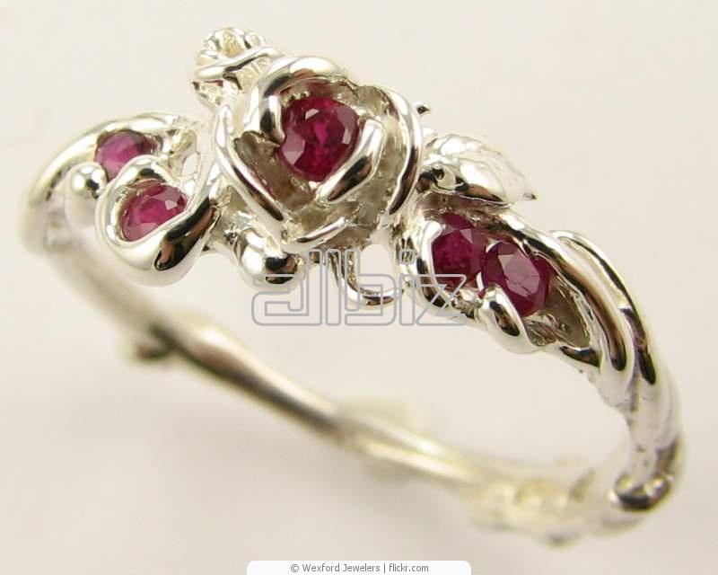 Vásárolni Drágaköves gyűrűk