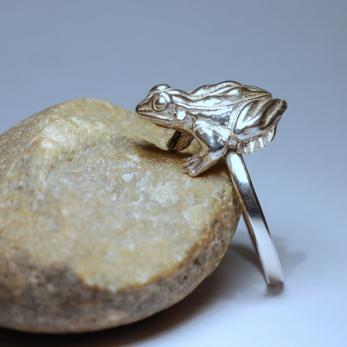 Vásárolni Aranyos varangyos gyűrű