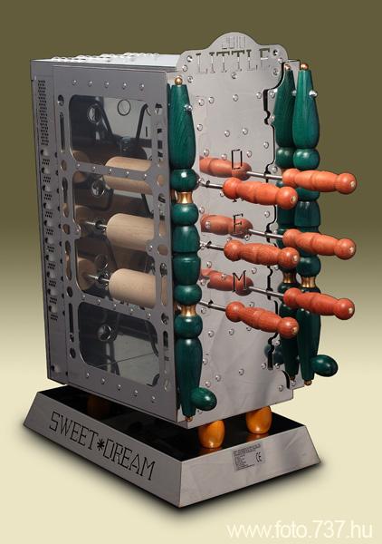 Vásárolni 1/6-os Elektromos kürtöskalács sütő gép