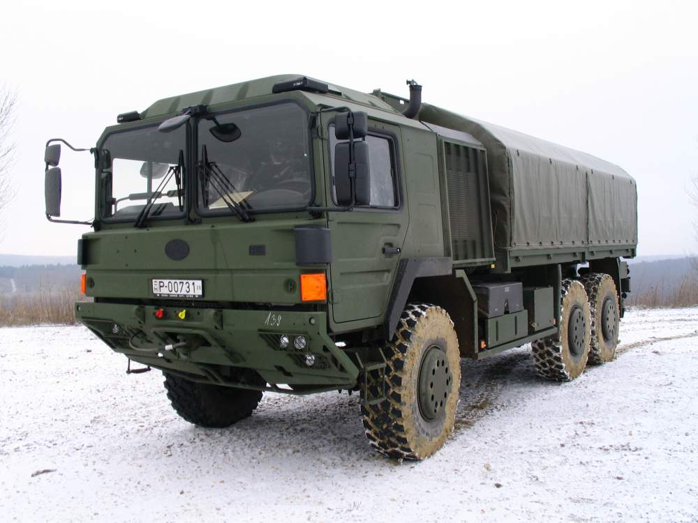 Vásárolni H18.240DAEL-102 terepjáró tgk