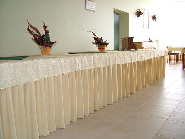 Vásárolni Asztalszoknyák