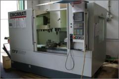 CNC vezérlésű megmunkáló központ