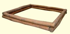 Homokozókeret fektetett rönkfából