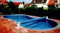 Mûanyag szabadtéri úszómedence