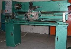 1340 egyetemes esztergagép