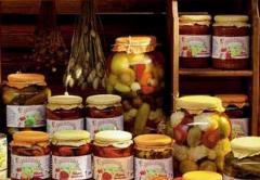 Zöldség-gyümölcs konzervek