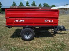 AP-250 mezőgazdasági billenőfelépítményes pótkocsi