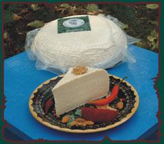 Egedius házi sajt kecsketejböl