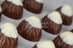 Csresznyelikőrös csokoládé bonbon