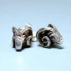 Kosfej ezüst fülbevaló