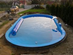 Ovális alakú medencék