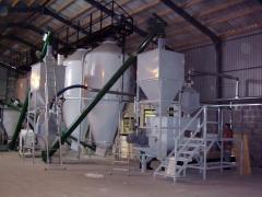Takarmánykeverő-, granuláló üzemek